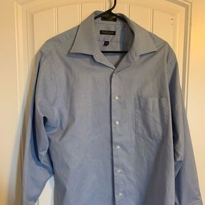 Men's Van Heusen dress shirt